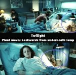 Movie-Mistakes-twilight-series-6232946-500-490