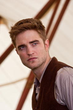 robert-pattinson-and-water-for-elephants-gallery